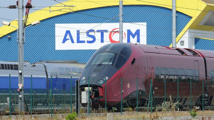 Le site d'Alstom à Aytré, en Charente-Maritime. (XAVIER LEOTY / AFP)