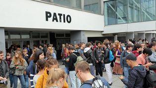 Des étudiants sur le campus de l'université de Strasbourg, le 21 septembre 2016 (MAXPPP)