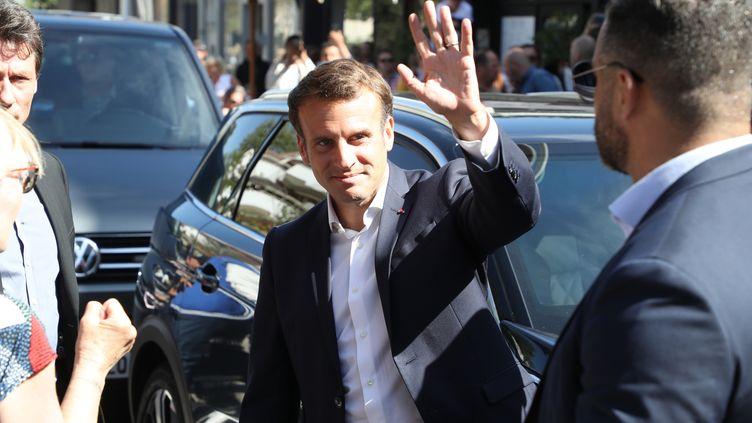 Emmanuel Macron en déplacement au Touquet (Pas-de-Calais), le 28 juin 2020. (LUDOVIC MARIN / AFP)