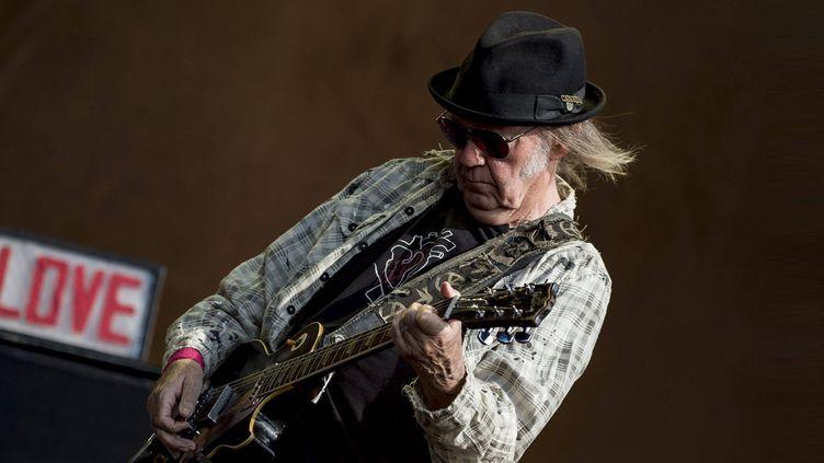 Neil Young joue sur la scène Great Oak à Hyde Park (Londres) le 12 juillet 2019. (NLC/NEIL LUPIN/WENN/SIPA / NEIL LUPIN/WENN)