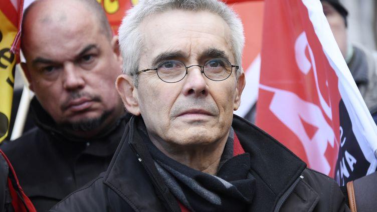 Le secrétaire général de FO, Yves Veyrier, lors d'une manifestation contre la réforme des retraites, le 3 mars 2020 à Paris. (BERTRAND GUAY / AFP)