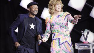 MC Solaar et Daphné Burki lors des 33es Victoires de la musique, à Boulogne-Billancourt, le 9 février 2018. (THOMAS SAMSON / AFP)