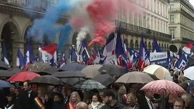 Le rassemblement tendu du FN pour le 1er mai