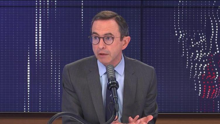 Bruno Retailleau, président du groupe Les Républicains au Sénat, était l'invité de franceinfo jeudi 4 mars 2021. (FRANCEINFO / RADIOFRANCE)