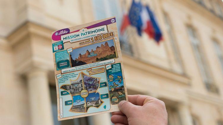 """Des tickets à gratter """"Mission patrimoine""""  (Jacques Witt/SIPA)"""