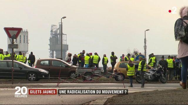 """""""Gilets jaunes"""" : le mouvement se radicalise-t-il ?"""