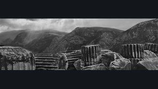 "Josef Koudelka, ""Temple d'Apollon, Delphes, Grèce"", 1991 (© Josef Koudelka /Magnum Photos)"
