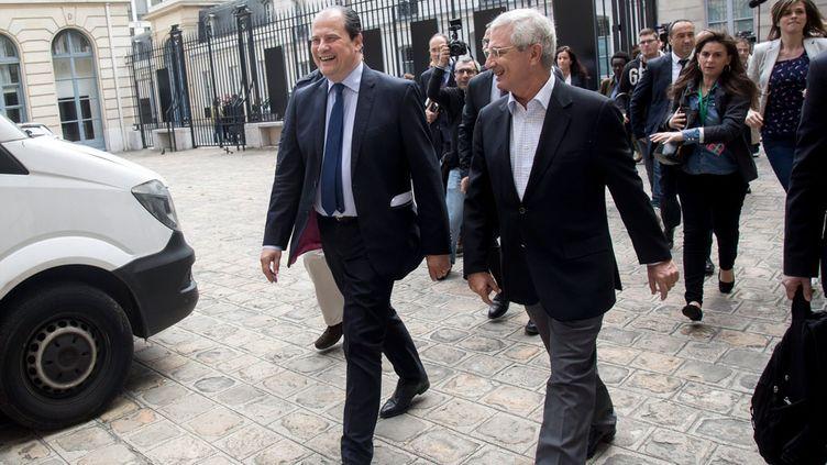 (Jean Christophe Cambadelis, Claude Bartolone arrivent  au Conseil national du Parti Socialiste samedi © Maxppp)
