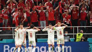 Le Danemark est en huitièmes de finale après avoir battu la Russie, lundi 21 juin à Copenhague. (JONATHAN NACKSTRAND / AFP)