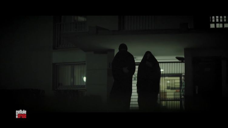 Cellule de crise.Rédoine Faïd : commentle braqueur en cavale a été identifié... sousune burqa (FRANCE 2)