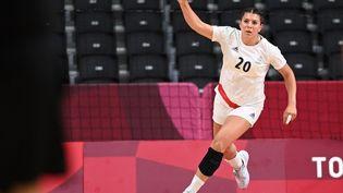 Laura Flippeslors du match de phase de groupes du tournoi olympique face à la Hongrie, dimanche 25 juillet 2021. (DANIEL LEAL-OLIVAS / AFP)