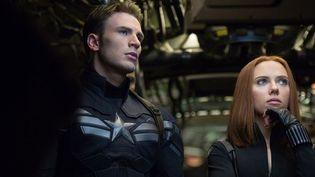 """Clive Evans et Scarlett Johnason dans """"Captain America - le soldat de l'hiver de Anthony Russo et Joe Russo  (The Walt Disney Company France)"""