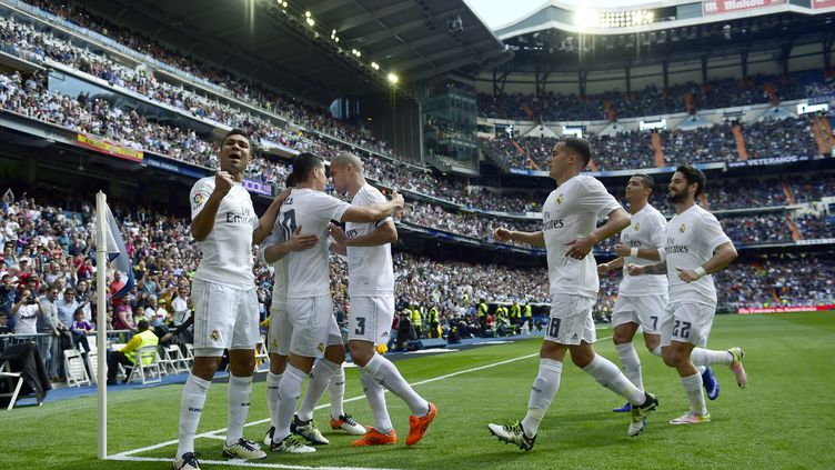 La joie des joueurs du Real Madrid contre Eibar (PIERRE-PHILIPPE MARCOU / AFP)
