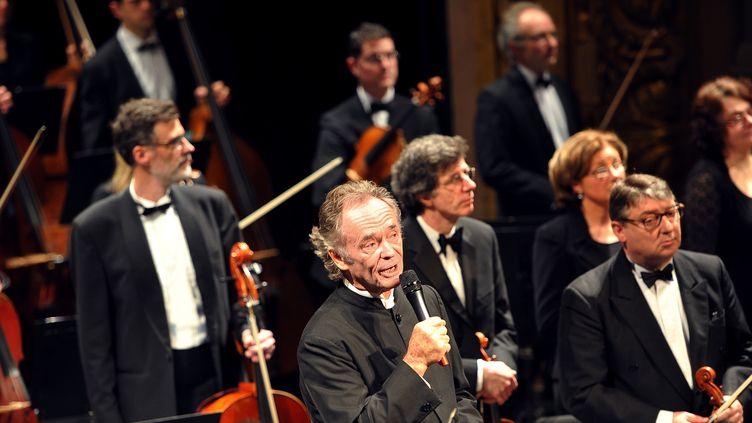 Jean-Claude Casadesus à l'Opéra de Lille, le 29 janvier 2012.  (PHILIPPE HUGUEN / AFP)