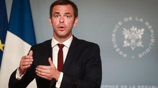 Le ministre de la Santé, Olivier Véran, à l'Elysée, le 27 mai 2020. (LUDOVIC MARIN / AFP)