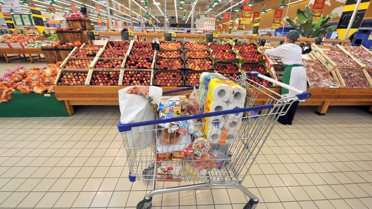 En septembre 2012, l'alimentation s'est renchérie de 0,2%, sous l'effet de la hausse des prix des produits frais. (MYCHELE DANIAU / AFP)