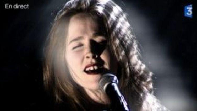 "Lisa Portelli en live avec ""Les chiens dorment""  (Culturebox)"