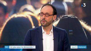 Martial Foucault du Cevipof (France 3)