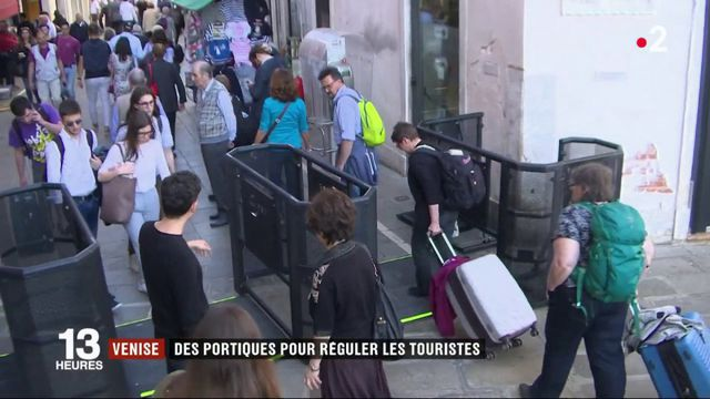 Venise : des portiques pour réguler les touristes
