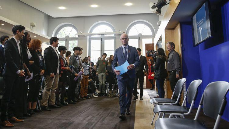 Jean-Michel Blanquer reçoit les élus du Conseil national des lycéens, le 5 avril 2019. (LEON TANGUY / MAXPPP)
