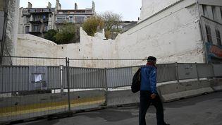 La rue d'Aubagne à Marseille, le mardi 3 novembre 2020. (NICOLAS TUCAT / AFP)