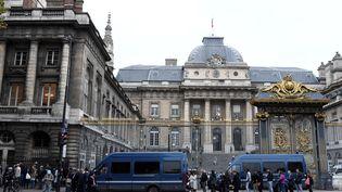 Le palais de justice de Paris, le 11 octobre 2017. (STEPHANE DE SAKUTIN / AFP)