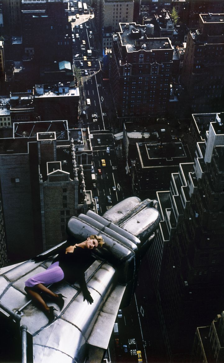 Thierry Mugler, Claude Heidemayer, New York pourLes Infernales collection,prêt-à-porter automne-hiver 1988–1989. (THIERRY MUGLER)