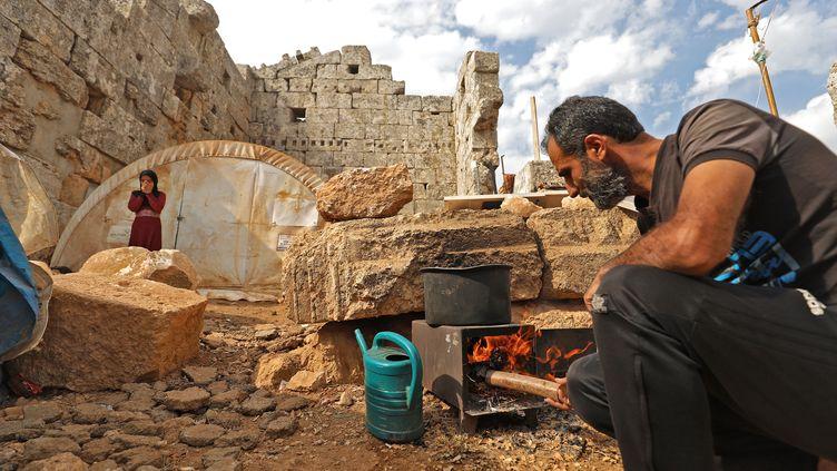 La Syrie organise mercredi 11 novembre une conférence sur les réfugiés (illustration) (ABDULAZIZ KETAZ / AFP)