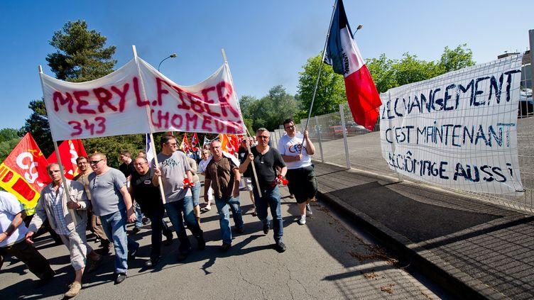 Manifestation de salariés de Meryl Fiberle 25 mai 2012, à Saint-Laurent-Blangy (Pas-de-Calais). (PASCAL BONNIERE / LA VOIX DU NORD / MAXPPP)