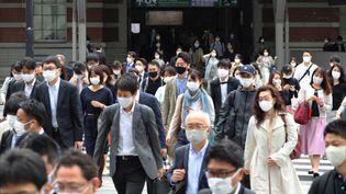 Une rue de Tokyo (Japon), le 6 mai 2021. (RYO AOKI / YOMIURI / AFP)