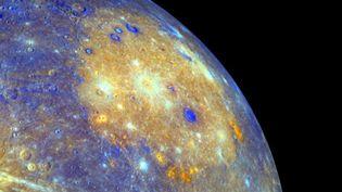 Une vue de la planète Mercure prise par la sonde spatiale américaine Messenger en 2008. (KEVIN DIETSCH / MAXPPP)