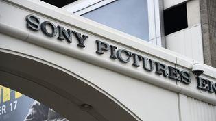 L'entrée des studios de Sony Pictures, à Culver City (Californie, Etats-Unis), le 16 décembre 2014. ( AFP )