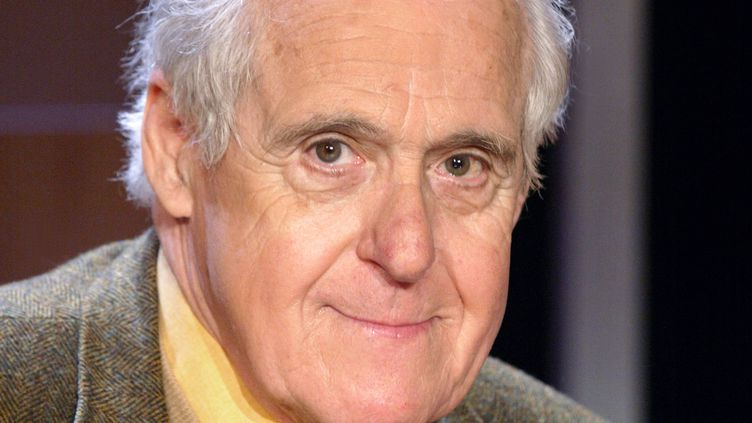 Christian Millau, le 30 mars 2004, à Paris. (DANIEL JANIN / AFP)