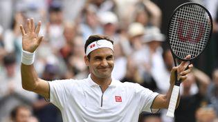 Roger Federer, le 6 juillet 2019 à Winbledon. (GLYN KIRK / AFP)