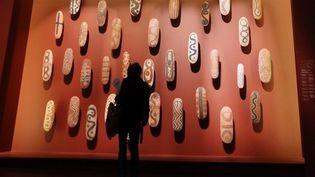 Dans une lettre envoyée le 12 octobre 2012, sept présidents de musées français, dont celui du Louvre ou encore du Quai Branly, s'inquiètent d'un amendement prévoyant l'intégration des œuvres d'art dans l'ISF. (THOMAS SAMSON / AFP)