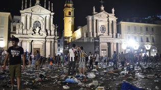 Un mouvement de panique a eu lieu, le 3 juin 2017, sur une place de Turin (Italie) où des supporters de la Juventus étaient rassemblées pour suivre la finale de la Ligue des champions. (GIORGIO PEROTTINO / REUTERS)