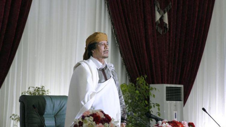 """Le colonel Khadafi célébrant le 34e anniversaire de l'établissement du """"pouvoir des masses"""" à Tripoli le 2 mars 2011 (AFP / Antoine Lambroschini)"""