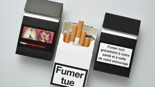 Fin mars 2015, la loi Santé devrait entériner définitivement l'adoption du paquet neutre de cigarettes. (CARDOSO / BSIP / AFP)