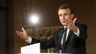 Emmanuel Macron a tenu un discours à la Conférence des évêques de France, le 9 avril. (LUDOVIC MARIN / POOL / AFP)