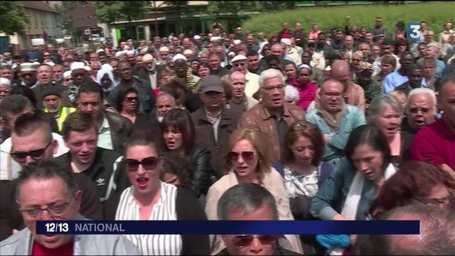 Policiers tués : marche blanche à Mantes-la-Jolie