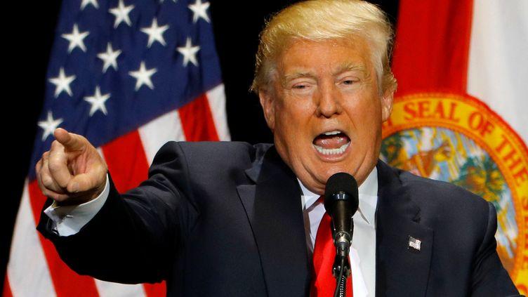 Le candidat républicain à l'élection présidentielle américaine, Donald Trump, lors d'un meeting à Tampa (Floride), le 11 juin 2016. (SCOTT AUDETTE / REUTERS)