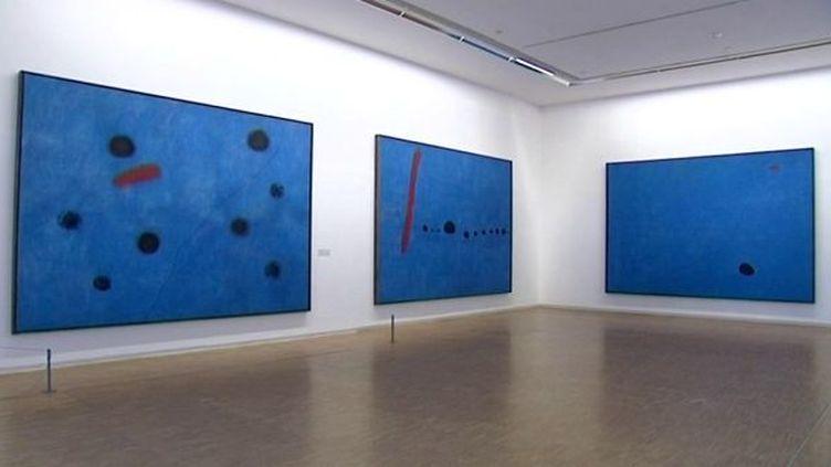 """""""Les trois Bleus"""" de Joan Miró au Centre Pompidou  (France3/Culturebox)"""