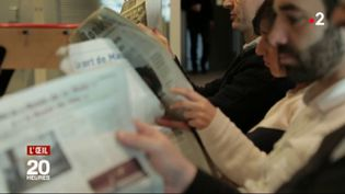 Quand la Chine fait sa pub dans nos journaux (FRANCE 2 / FRANCETV INFO)