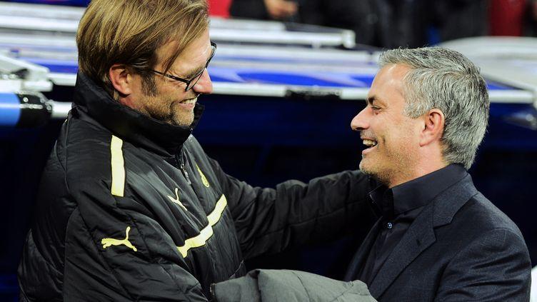 Jürgen Klopp et José Mourinho : comme on se retrouve !... (JAVIER SORIANO / AFP)