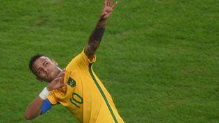 Neymar rend hommage à Usain Bolt pour fêter son but face à l'Allemagne, en finale des JO de Rio, le 20 août 2016. (MAXPPP)