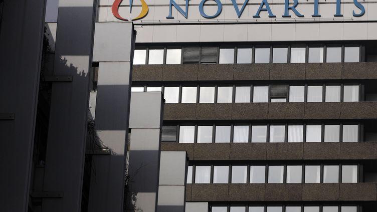 Le siège du groupe pharmaceutique Novartis, à Bâle, en Suisse, le 28 janvier 2009. (SEBASTIEN BOZON / AFP)