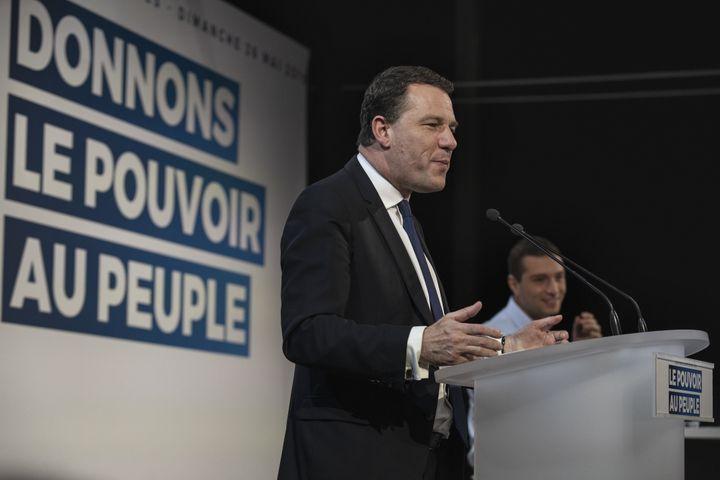 Jean-Lin Lacapelle durant un meeting du Rassemblement national pendant les européennes, le 26 mai 2019 à Cers (Hérault). (IDRISS BIGOU-GILLES / HANS LUCAS / AFP)