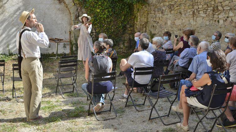 Le flûtiste Matthieu Berthaud et la violoniste Alice Julien-Laferrière, ensemble Artifices à Ambronay. (BERTRAND PICHENE)