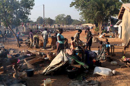 Camp de réfugiés à Bangui le 25 novembre 2015 (REUTERS/Siegfried Modola)