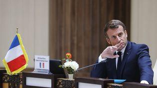 Le président de la République Emmanuel Macron, mardi 30 juin 2020 à Nouakchott (Mauritanie). (LUDOVIC MARIN / AFP)
